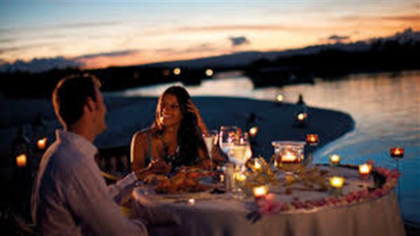 عشاء رومانسي , بالصور اجمل عشاء رومانسى