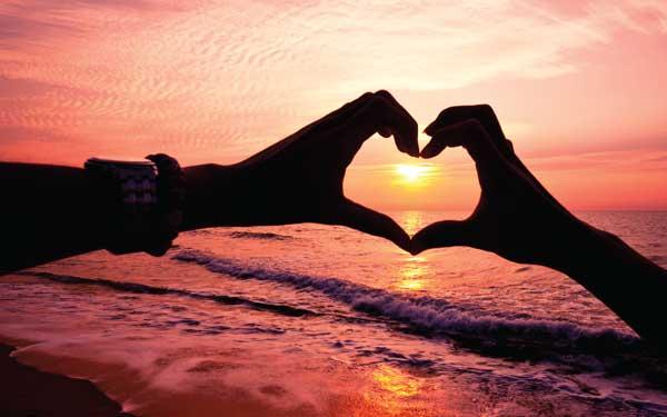 بالصور صور كلمة بحبك , اجمل تشكيله لصور كلمه بحبك 5784 6