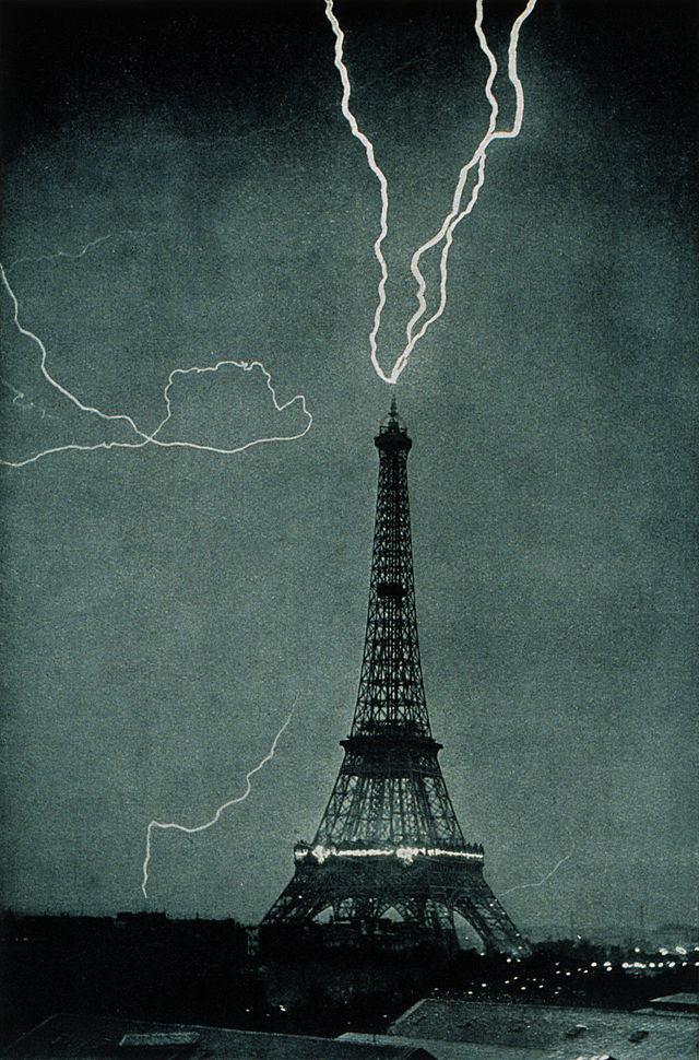 بالصور صور لبرج ايفل , اشهر الصور لبرج ايفل 5887 10