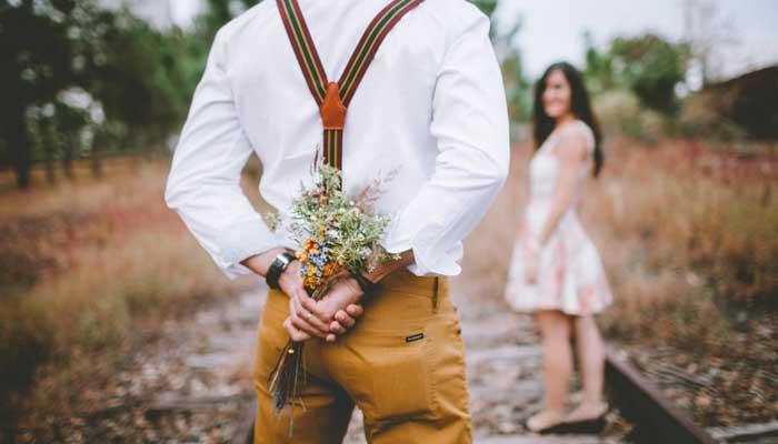 بالصور صورحب رومنسيه , اجمل وارق الصور المعبرة عن الحب والرومانسية 1229 10