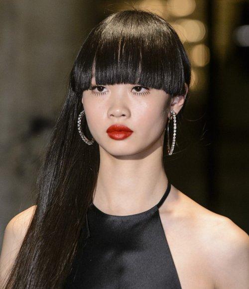 بالصور احدث قصات الشعر الطويل , الجديد والاحدث في صيحات قص شعر المراة 1315 10