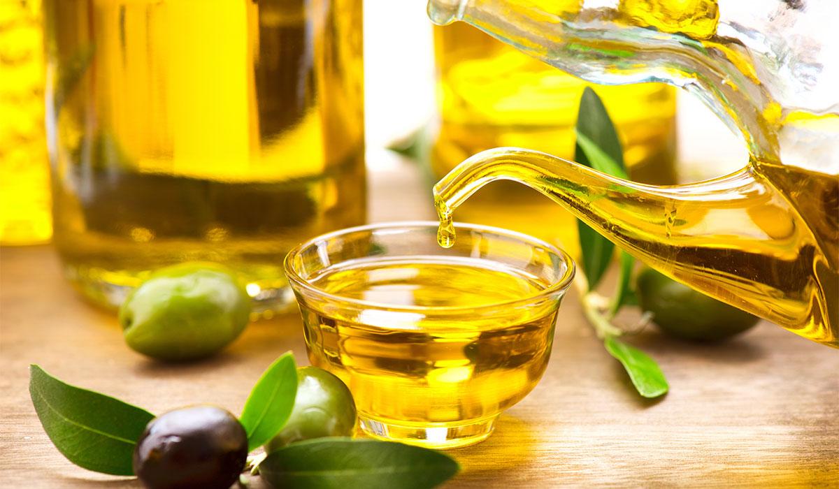 بالصور فوائد زيت الزيتون , 5 وصفات مذهلة لزيت الزيتون للشعر 2755 2