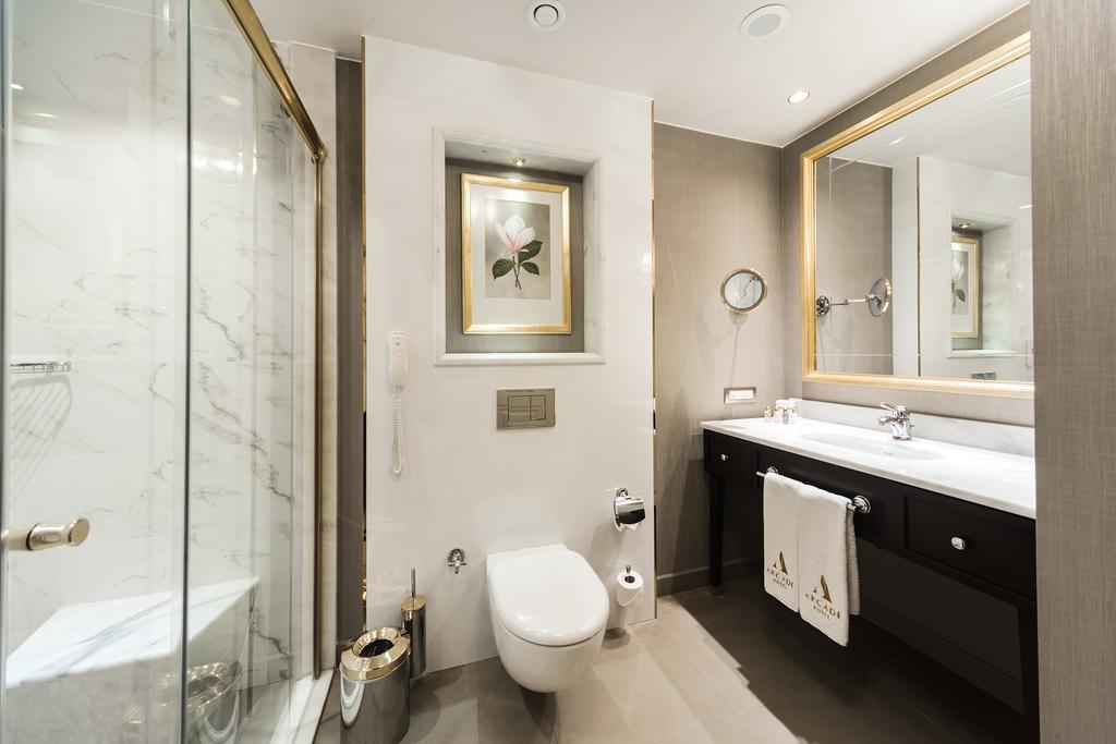 صورة حمامات فنادق , اجدد حمام فندق حديثة متطورة