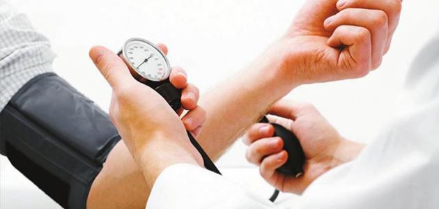 بالصور اسباب انخفاض ضغط الدم , كيفيه التعامل مع ضغط الدم المنخفض 5506 2