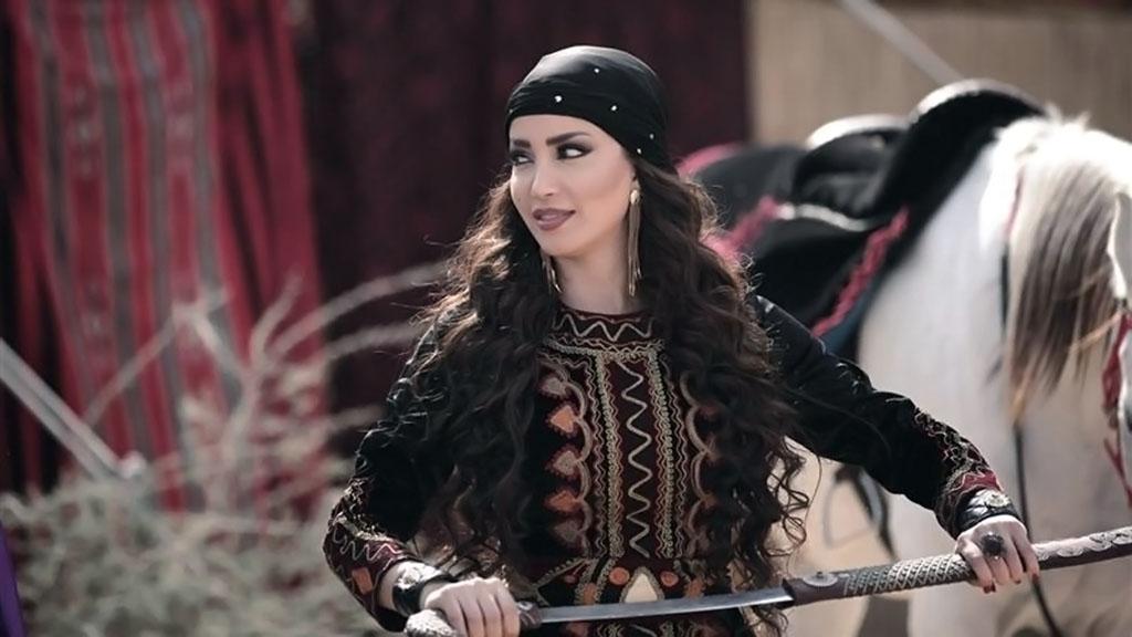 بالصور صور ثياب , انواع وموديلات ثياب من مختلف بلدان العرب 5638 2