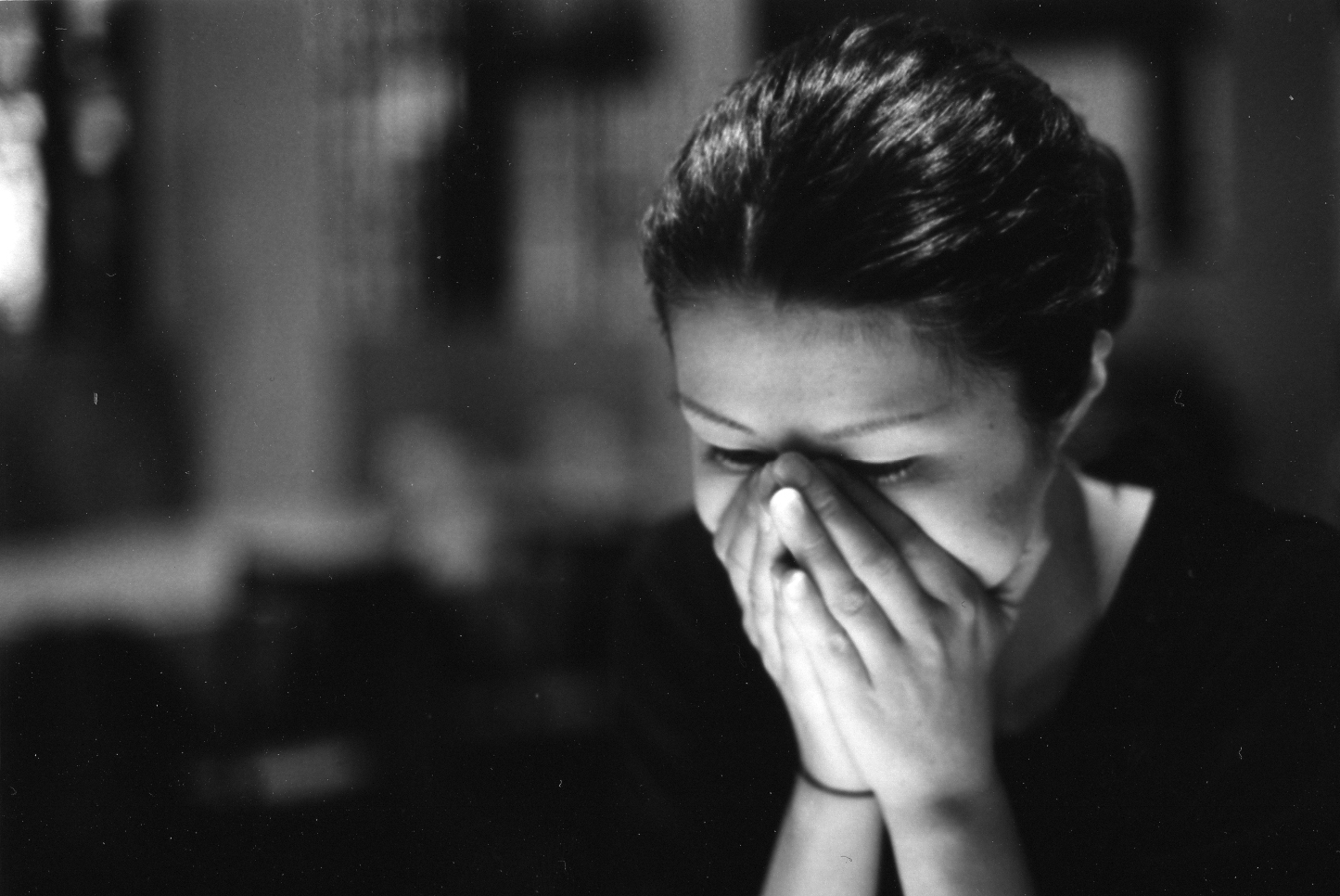 بالصور اجمل الصور الحزينة للبنات , خلفيات وصور حزينه 5696 11