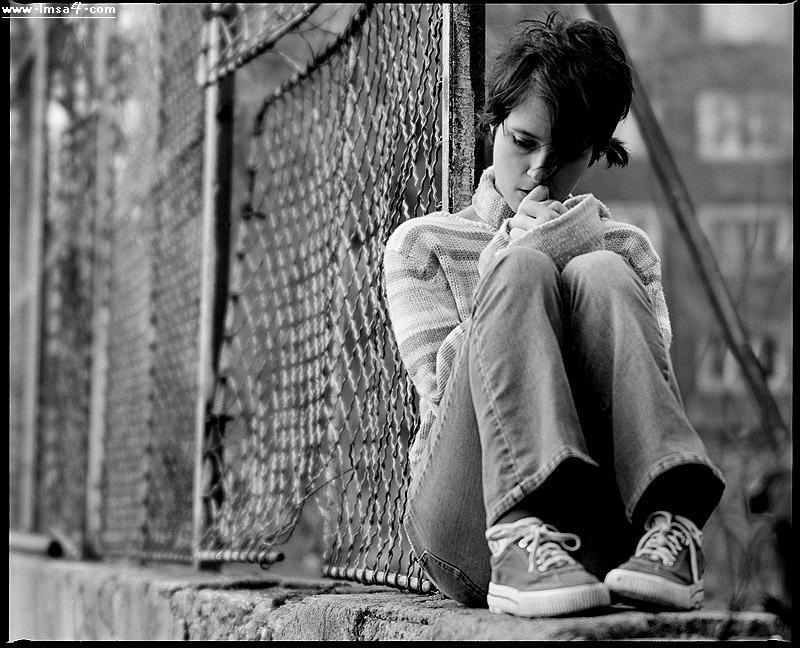بالصور اجمل الصور الحزينة للبنات , خلفيات وصور حزينه 5696 2