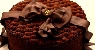 بالصور طريقة تزيين كيكة الشوكولاته , افكار بسيطه لتزين تورته الشيكولاته 3511 3 310x165
