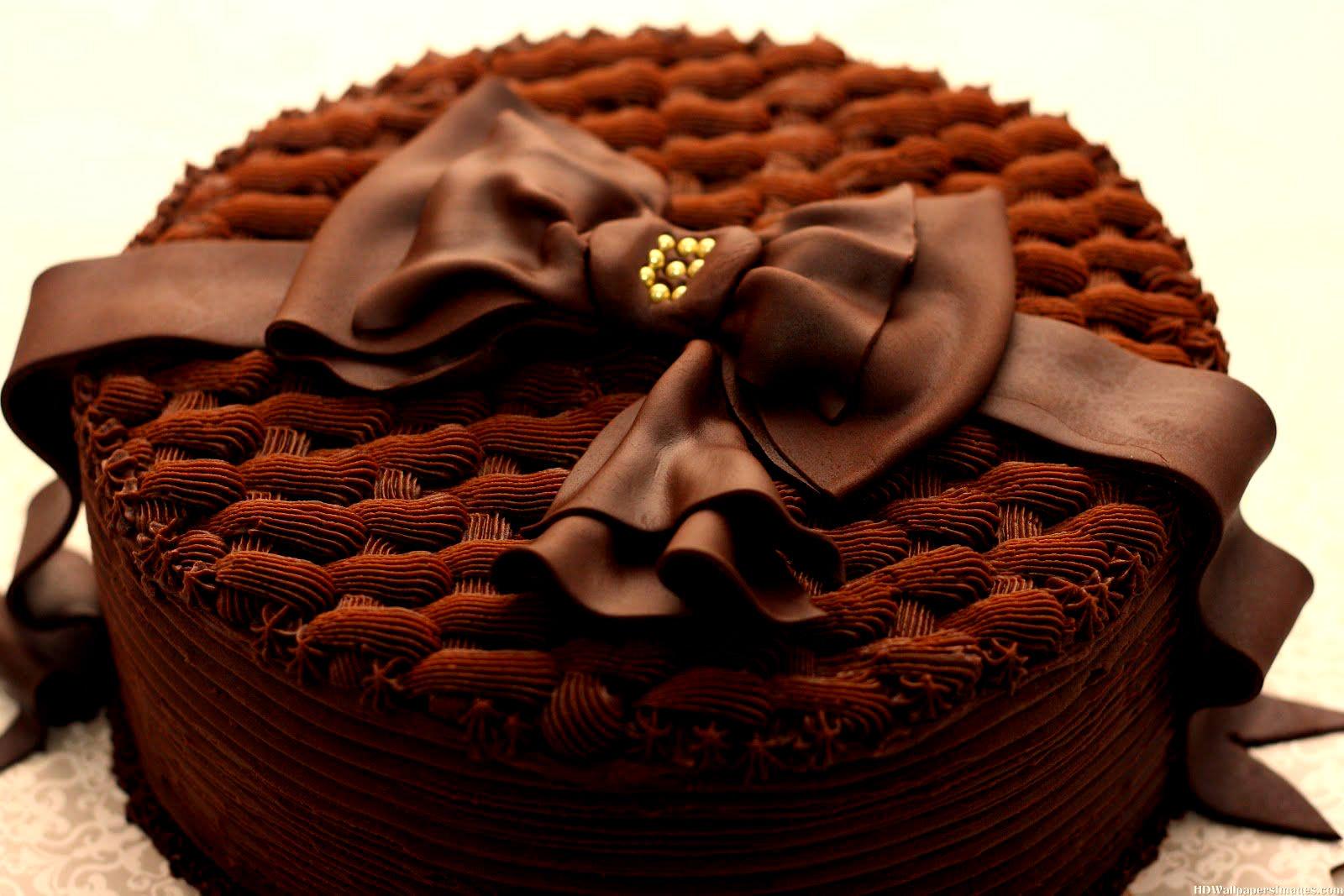 صور طريقة تزيين كيكة الشوكولاته , افكار بسيطه لتزين تورته الشيكولاته