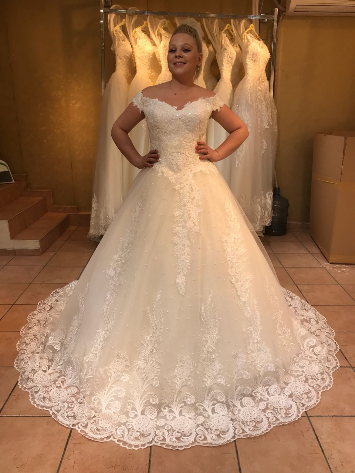 بالصور احدث فساتين الزفاف , موديلات فساتين زفاف جديده لعام 2019 3724 1