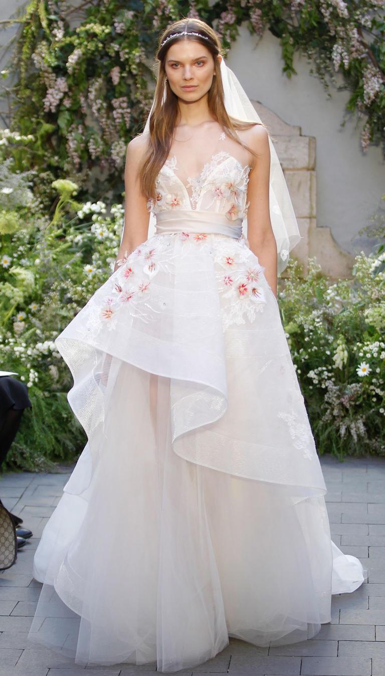 بالصور احدث فساتين الزفاف , موديلات فساتين زفاف جديده لعام 2019 3724 10