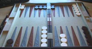 صورة كيفية لعب طاولة الزهر , ما طريقه لعب الطاوله