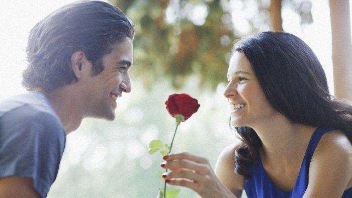 بالصور فتاة مع شاب , صور رائعه رومانسيه لفتاه مع شاب 12636 11
