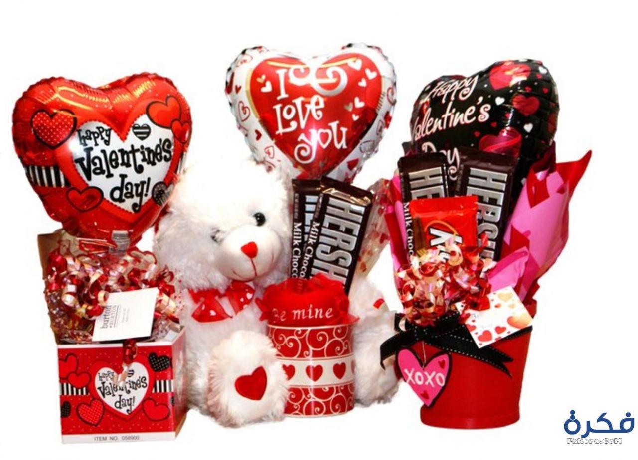 صور صور هدايا عيد الحب , اجمل صور المعبرة عن عيد الحب بالهدايا