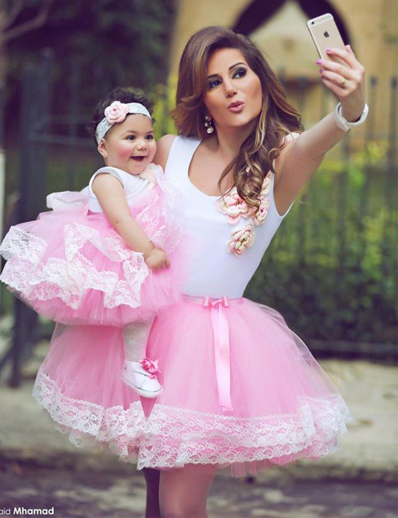 صورة صور ام وبنتها , اجمل الصور التى تجمع بين الام و الابنة